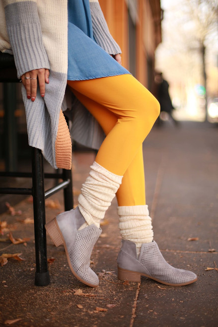 Simple Perfection College Gold Butter Soft Leggings side view.