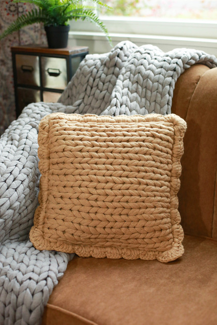 Chunky Knit Pillow in Camel
