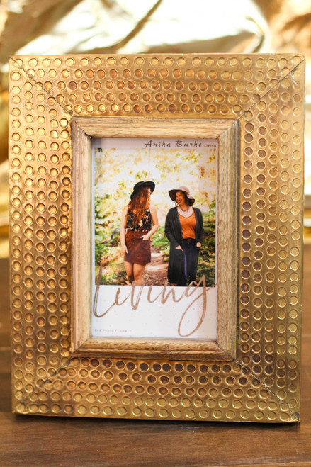 "Hammered Brass 4"" x 6"" Photo Frame"