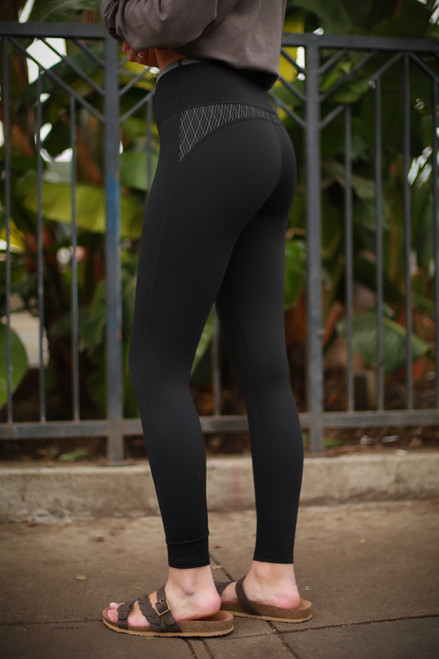 Activated Athletics Diamond Jacquard Block Leggings side view.