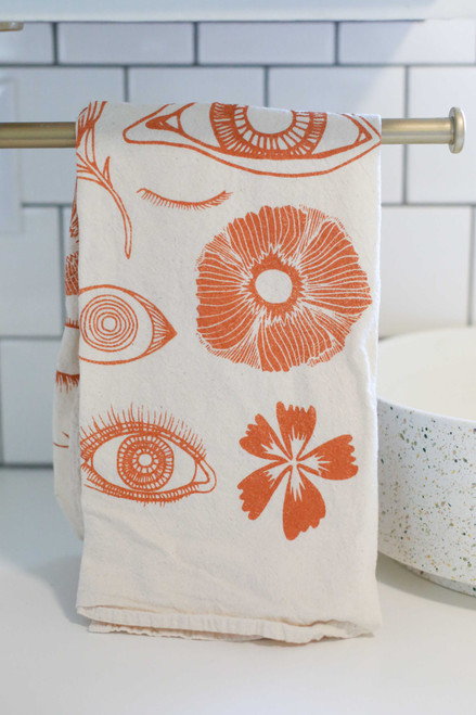 Rainbow Vision Blooming Poppies Tea Towel in Burnt Rose