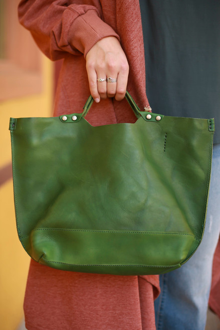 Old Trend Eco Genuine Leather Gypsy Soul Tote in Olive