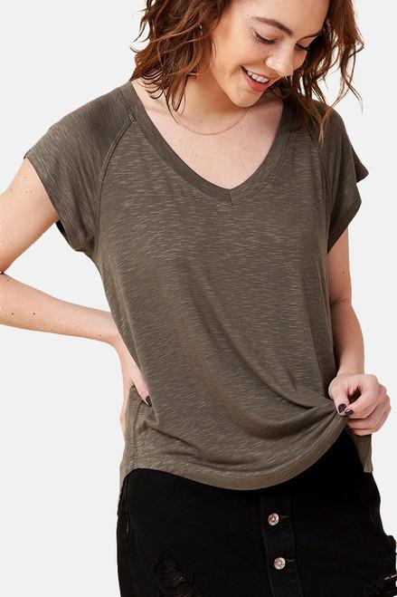 Olive V-Neck rayon raglan short sleeve round hem tee