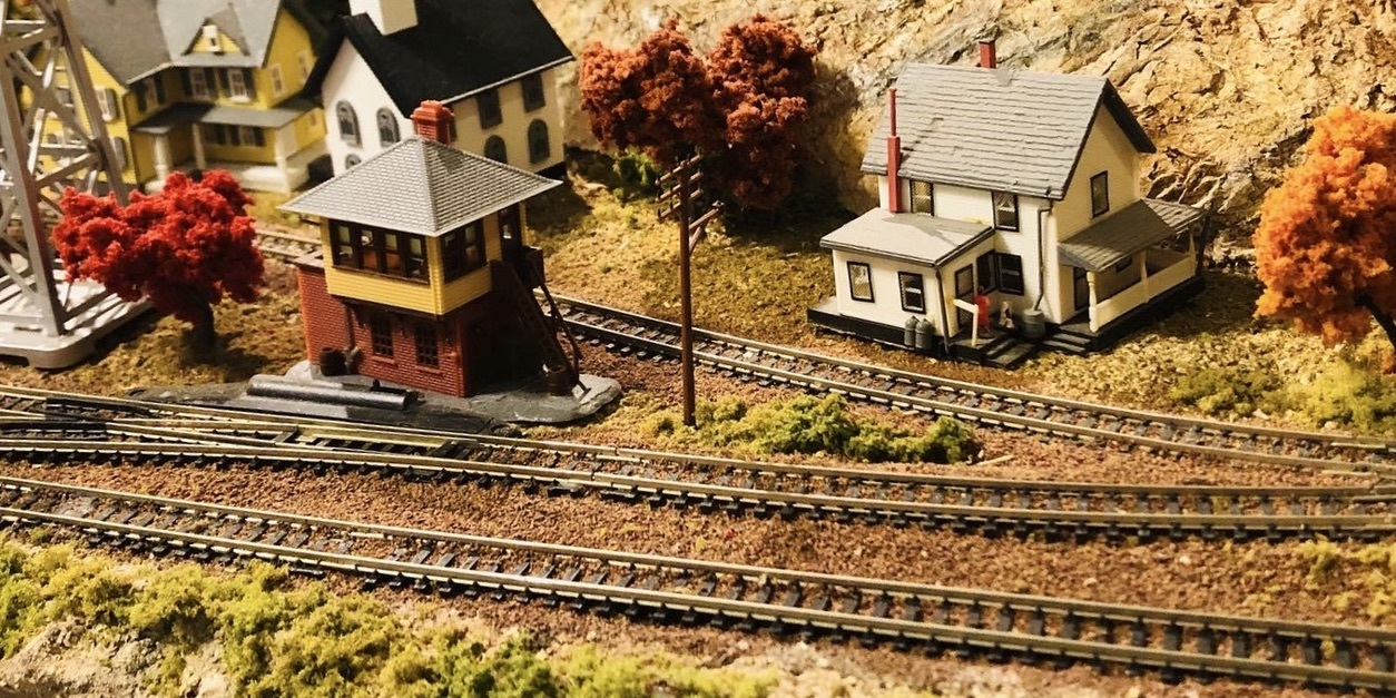 model railroad structures