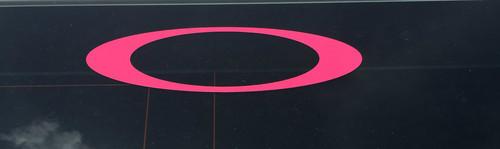"""""""O"""" car decal - pink"""