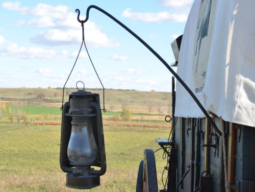 Wagon Box Lantern Hanger