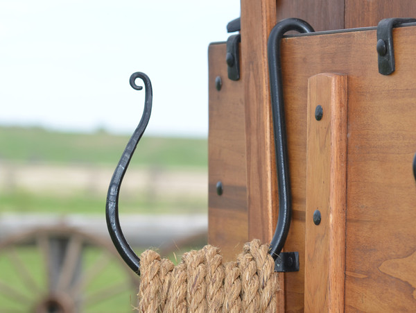 Rope Corral and Hanger