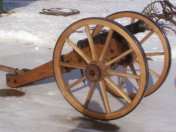 Split Trail Cannon Carriage