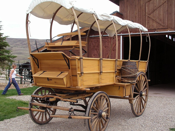 Fifth Wheel Covered Wagon-Custom Built