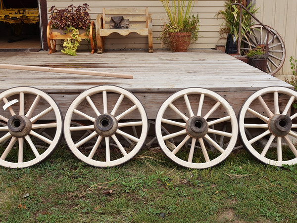 New Spokes and Felloes on Wood Hub Wheel