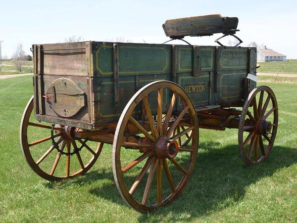 Newton Farm Wagon
