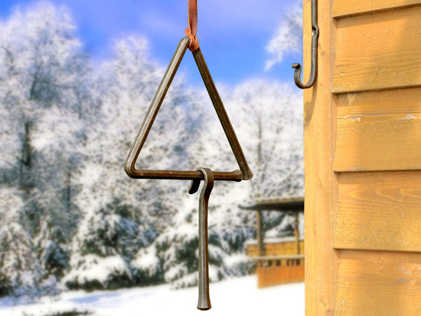 Chuck Wagon Dinner Triangle, Ringer and Wall Hanger