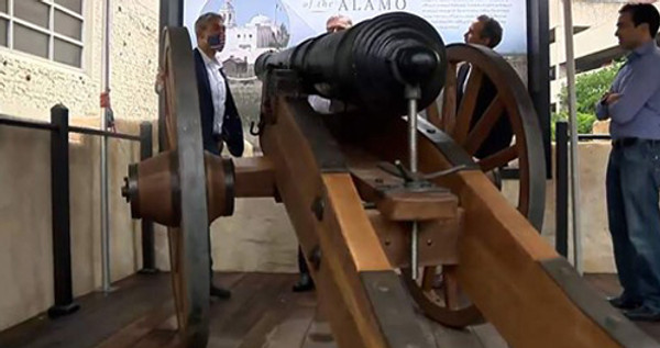 New Alamo Exhibit Offers Replica of Iconic Cannon Fired in 1836 Battle