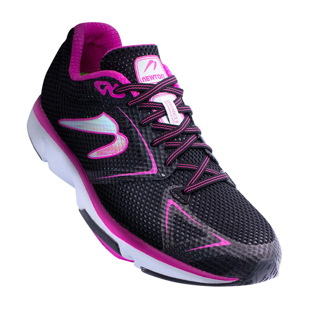 Newton Distance 8 Women Black/Fuscia