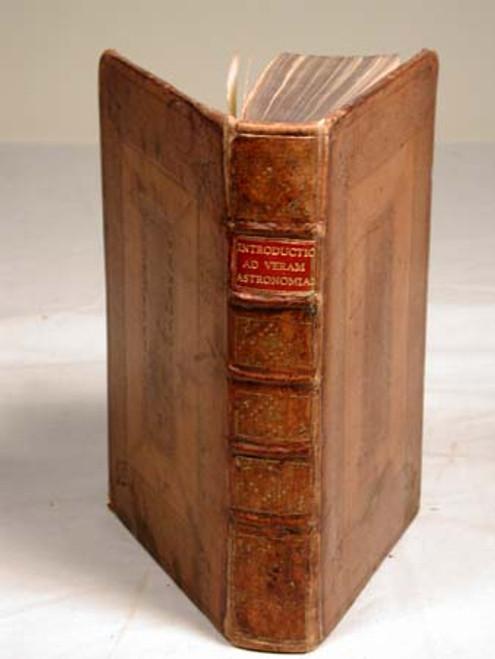 Book by Keill, Joanne; Introductio ad Veram Astronomiam, seu Lectiones Astronomicae Habitae in Schola Astronomica Academiae Oxoniensis. 2nd ed., Londini, 1721.
