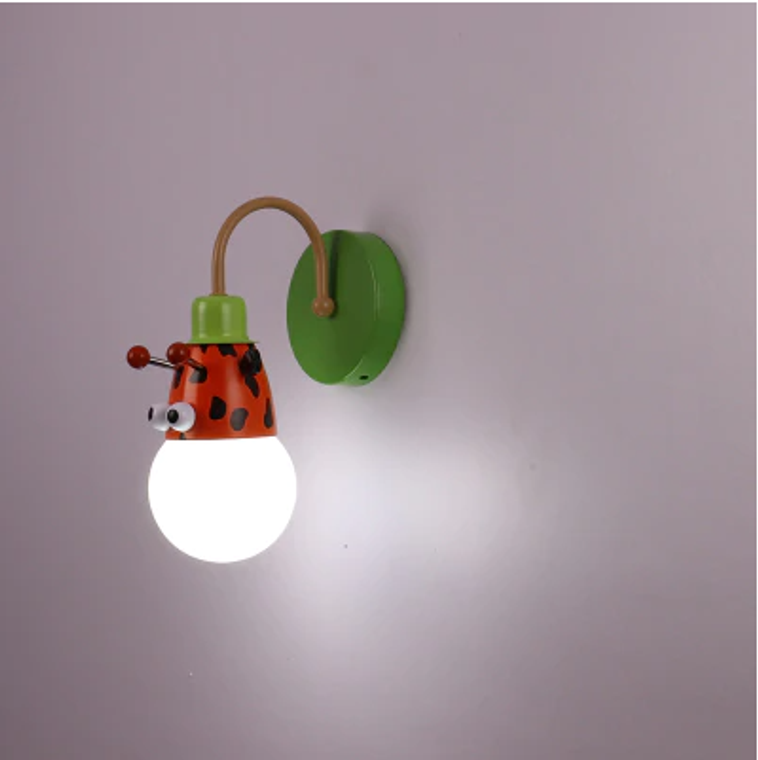 Kids Animal Wall Light - Giraffe
