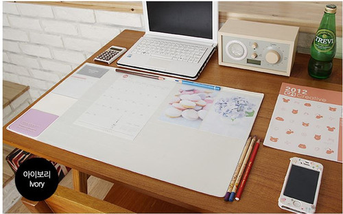 Desk pad basic (ivory)