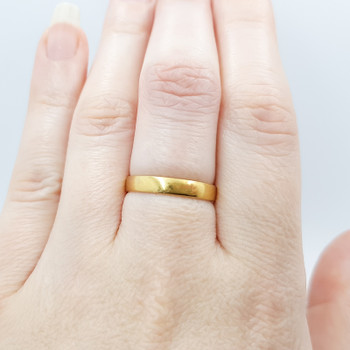 18ct Yellow Gold Wedder Band Size N1/2 #54345