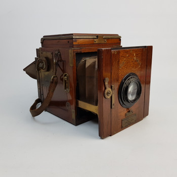 ENSIGN POPULAR TROPICAL REFLEX CAMERA WITH LEATHER BAG #46830