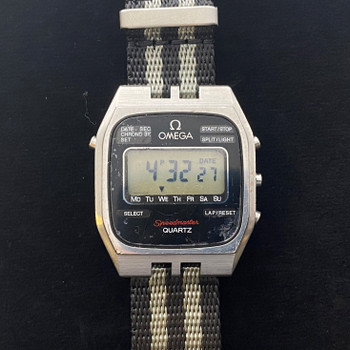 OMEGA DIGITAL SPEEDMASTER WATCH WITH NATO BAND #51727