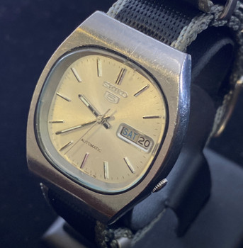 SEIKO 5 VINTAGE AUTOMATIC WATCH 7009-5800 - SERVICED