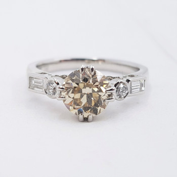 18CT 4.0GR WHITE GOLD 1.5CT CHAMPAGNE DIAMOND RING VAL $16000 SIZE N #39500