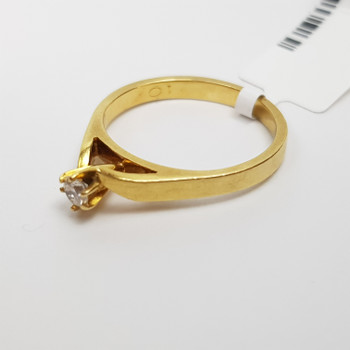 18CT 2.7GR YELLOW GOLD DIAMOND SOLITAIRE RING SIZE I 1/2 #8242