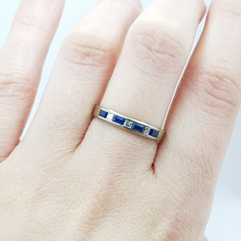 18CT 3.0GR WHITE GOLD SAPPHIRE & DIAMOND RING BAND SIZE O 1/2 VAL $1185 #000180