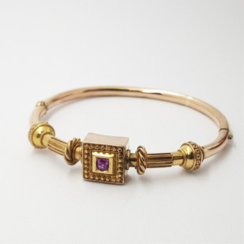 19TH CENTURY ANTIQUE 12CT 11.5GR GOLD RUBY BANGLE #24682