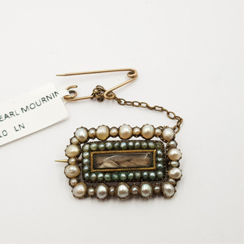 9CT 4.5GR ANTIQUE GOLD PEARL MOURNING BROOCH #32830