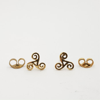 9CT 0.6GR YELLOW GOLD TRISKELE TRISKELION CELTIC KNOT EARRINGS #51530