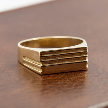9ct Yellow Gold Signet Ring Size W #43692 **