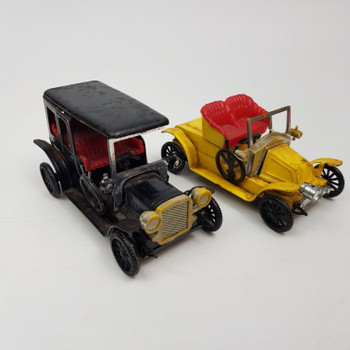 PAIR OF 2 TIN TOY CARS - MADE IN JAPAN #37003