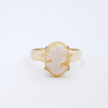 9CT 3.3GR VINTAGE YELLOW GOLD CAMEO RING SIZE R #1100044