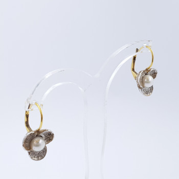 18CT TWO TONE GOLD PEARL FLOWER EARRINGS #39370