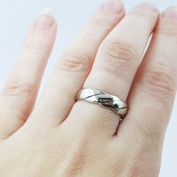 9CT 5.2GR WHITE GOLD ROPE BAND RING SIZE O #51852 **