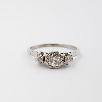 VINTAGE 9CT WHITE GOLD DIAMOND TRILOGY RING VAL $2500 SIZE #53888