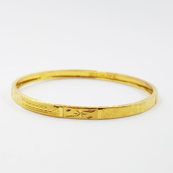 22CT 10.3GR YELLOW GOLD PATTERNED BANGLE 59MM #36441 **