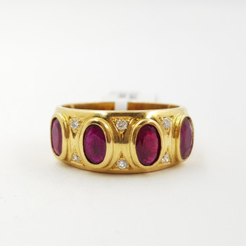 18CT YELLOW GOLD OVAL CUT RUBY & DIAMOND RING VAL $2320 SIZE P #39545