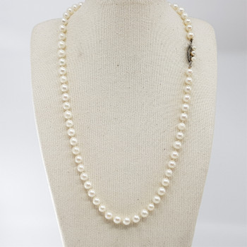 PEARL NECKLACE WITH SILVER CLASP 44CM #54190