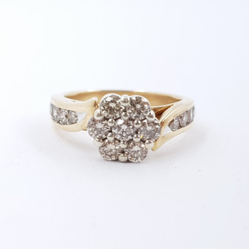 9ct Two Tone Gold 1.15ct TDW Daisy Cluster Diamond Ring Val $4500 Size K 1/2 #53158
