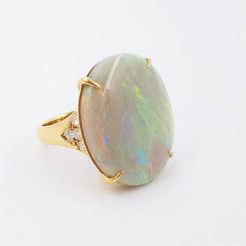 18CT 21.4CT OVAL OPAL CABOCHON & DIAMOND RING VAL $13500 SIZE O 1/2 #53443