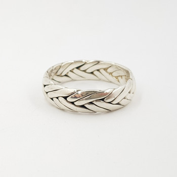 This band has a braided design made from sterling silver and fits a large finger size Z.