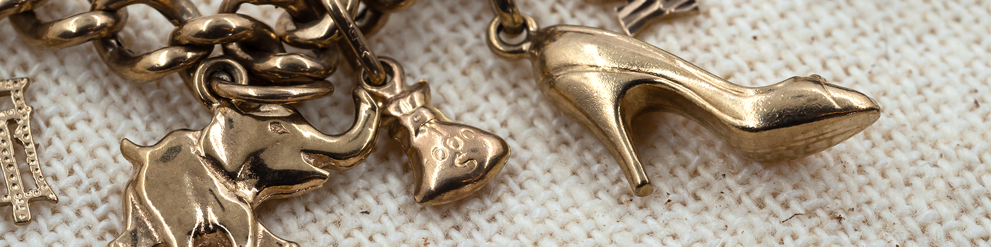 Gold & Silver Charms and pendants Australia at Monty's