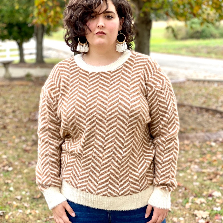 Geo Pattern Taupe Sweater Extended
