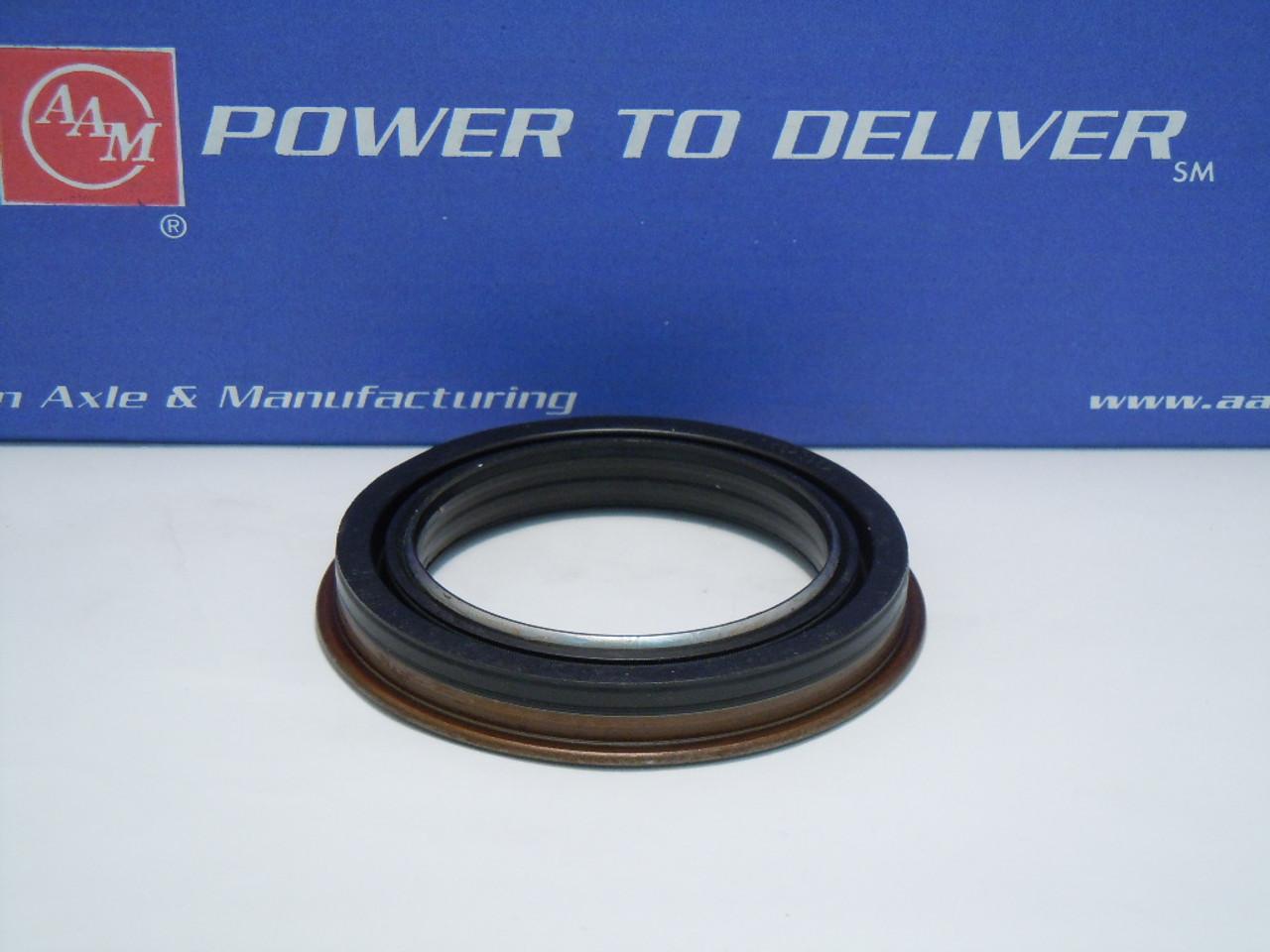 15823962 oe gm 10 5 aam 11 5 hub axle seal dual or single rear rh drivetrainamerica com