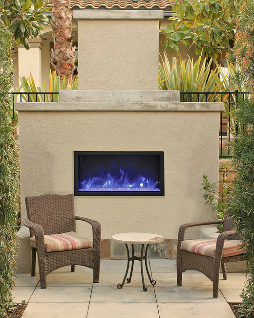 Outdoor Fireplaces for Year Round Enjoyment