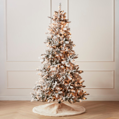 Pre-Lit Spruce Flock Tree 7.5'