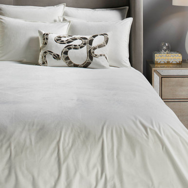 Windsor Velvet Bedding - Pearl