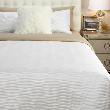 Alta Quilt Bedding Set - Pearl